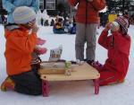 幼稚園冬の運動会豚汁