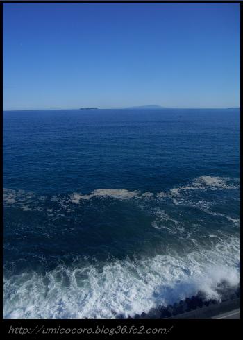 初島と大島が見えるよ。。。