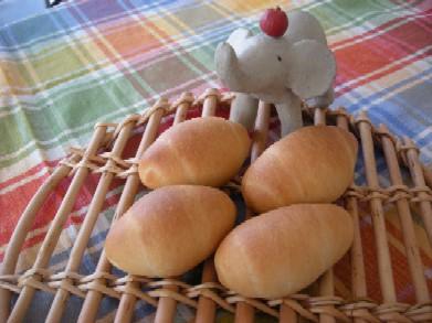 小さ?いロールパン