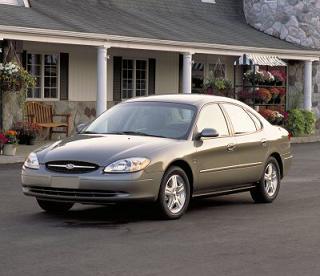 Ford Taurus2