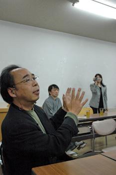 佐々木幹郎 演説中。