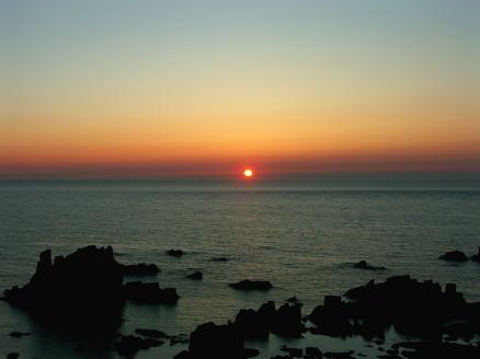 入道崎の夕日-2