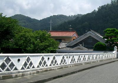 ときわ大橋-なまこ壁の橋