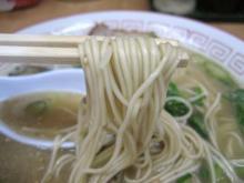 友心亭の麺