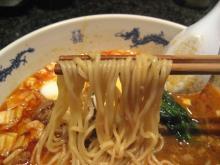 臥龍門 細めの中華麺
