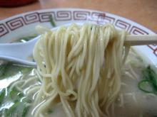 ナンバーワン 細麺