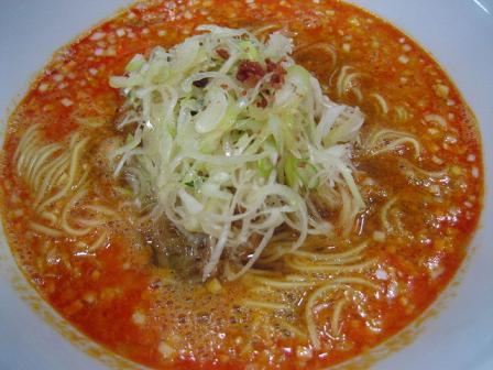 デフォのタンタン麺