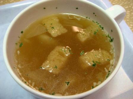 スープはぬるい