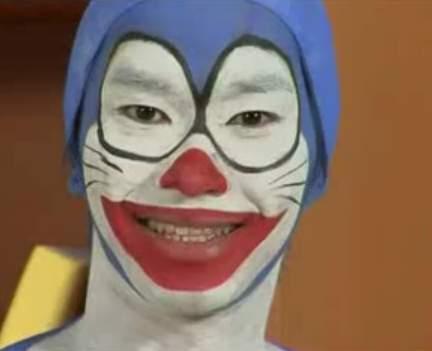 ドラえもんをネタにした香港のお笑いコント