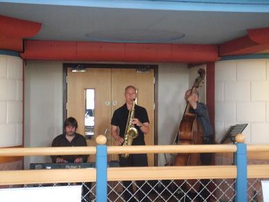 band16062006.jpg