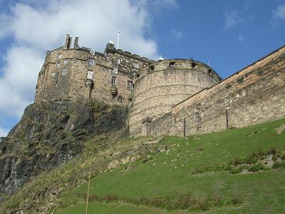 edinburghcastle01052006.jpg