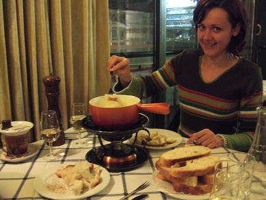 lausanne_fondue122005.jpg