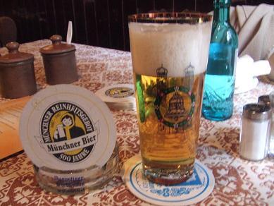 munich_beerlager122005.jpg