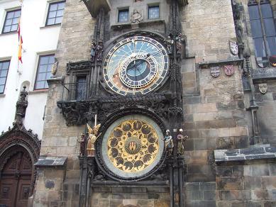 prague_clock122005.jpg