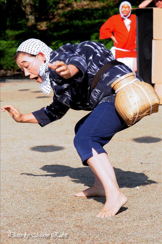 本谷温泉まつり その4 しまなみ ひょっとこ踊り、安来節(やすぎぶし)・どじょうすくい 西条市河之内 2008.08.24<br />2010年本谷温泉まつり(本谷温泉祭り)予定 西条市河之内 本谷公園 2010年8月29日
