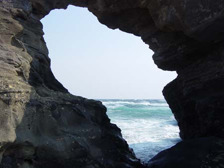 馬の背洞門2