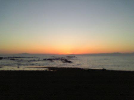 三浦・矢作の浜にて