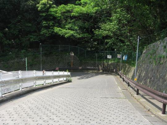 jigokuzaka02.jpg