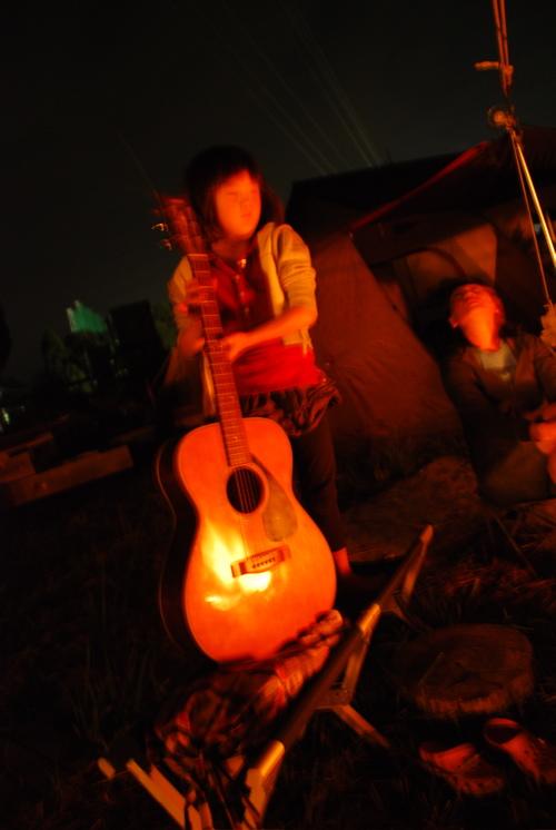 マナカギター