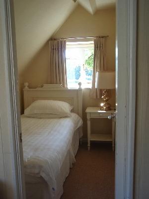 ホテル小部屋