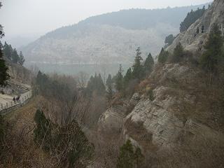 龍門石窟8