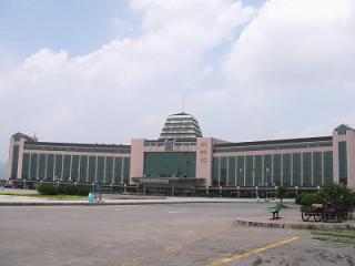 桂林北駅1