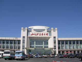 ウルムチ駅2