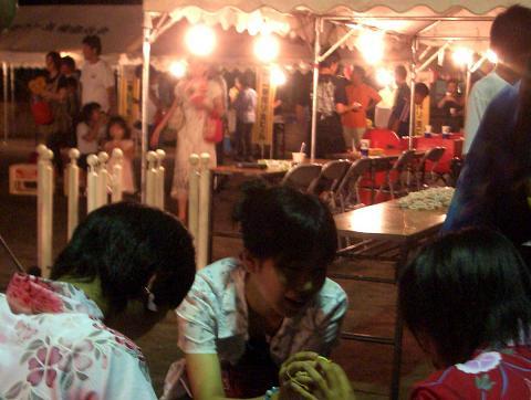 祭りの夜 少女3