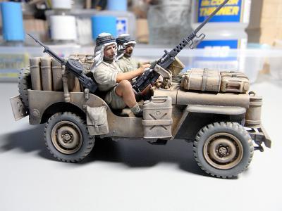 sas_jeep_r.jpg