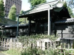 4.入徳門