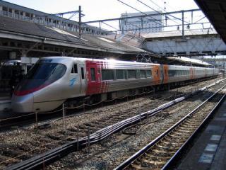 20050101_jrshikoku_8000-01.jpg