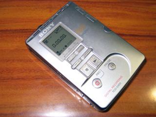 20051208_sony_tcd-d100.jpg