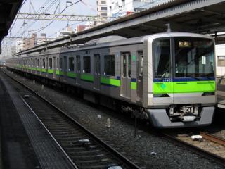 20060408_tokyo-subway_10-300-02.jpg