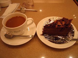 20060618_cake_coffee.jpg