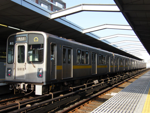 20080406_nagoya_subway_5000-01.jpg