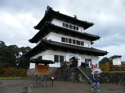 20081102_hirosaki_castle-02.jpg