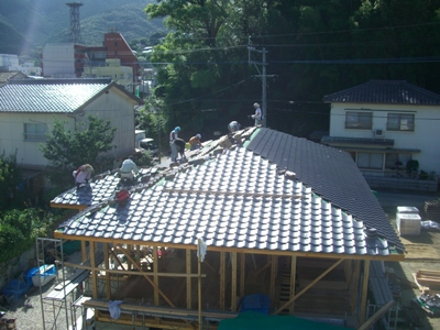 K邸屋根瓦葺き