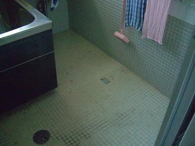 某社宅浴室タイル補修