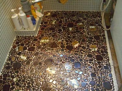 某宿舎浴室床修繕