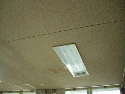 某庁舎天井補修工事