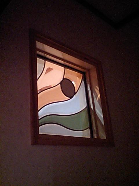 S邸完成間近~トイレのステンドグラス