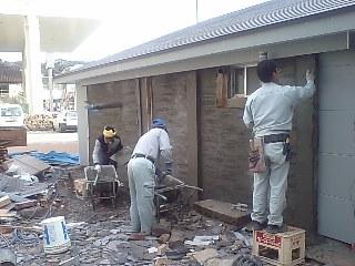 E邸リフォーム~外装工事中